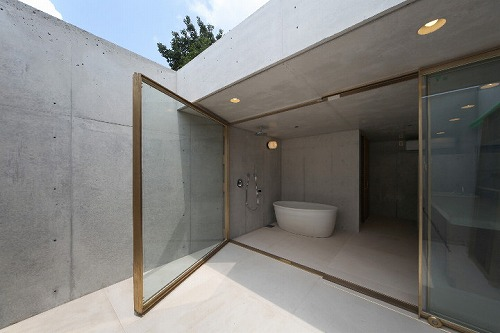 S 30 l 信楽焼の常識をくつがえしたこだわりのデザイン浴槽